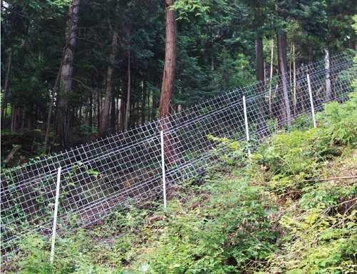 フェンスのメーカーやタイプにお悩みならDIYのように簡単に設置できる【キャムズ】のフェンスを