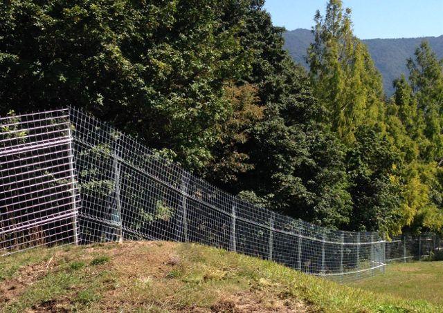 動物(いのしし・しか)の柵を扱う「キャムズ」は種類が豊富!~しか・いのししなどの獣害の防止柵・太陽光発電所の防護柵など~